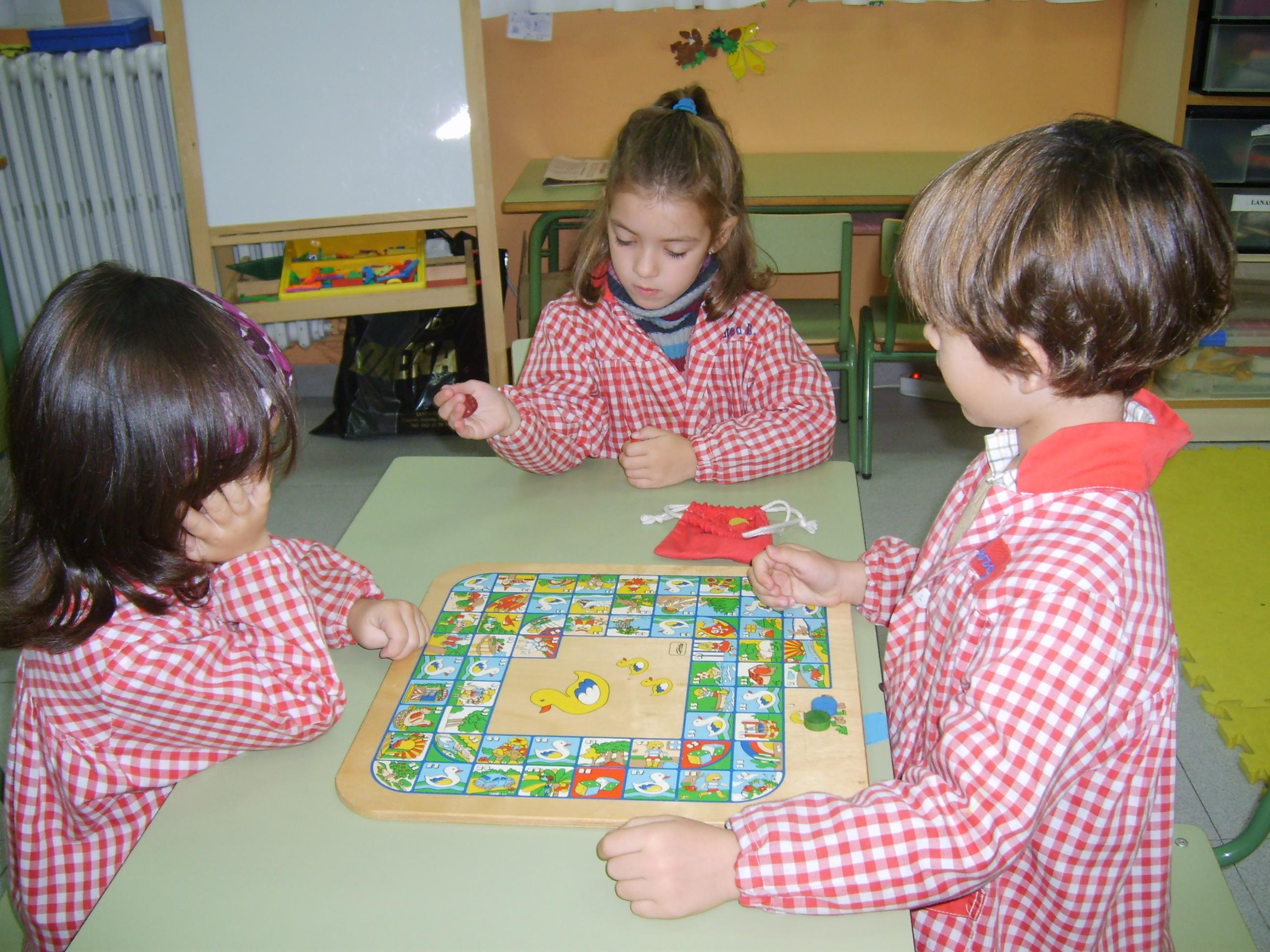 Juegos de mesa colegio manuel cacicedo - La oca juego de mesa ...